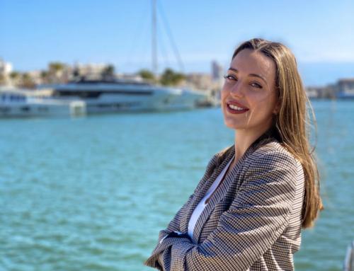 Ione Astondoa, joven millennial y representante de la cuarta generación familiar, se incorpora a la gestión del astillero de embarcaciones de lujo, ASTONDOA